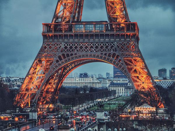 تمکن مالی فرانسه