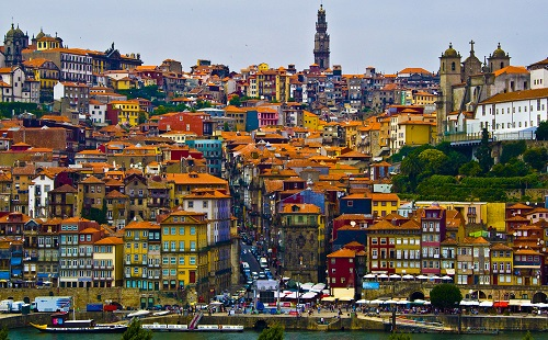 اخذ اقامت پرتغال از طریق تمکن مالی