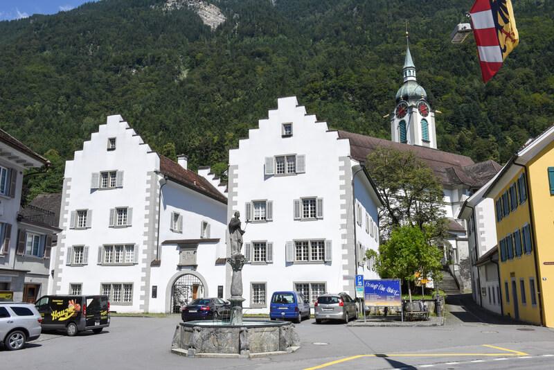 اقامت کاری کشور سوئیس
